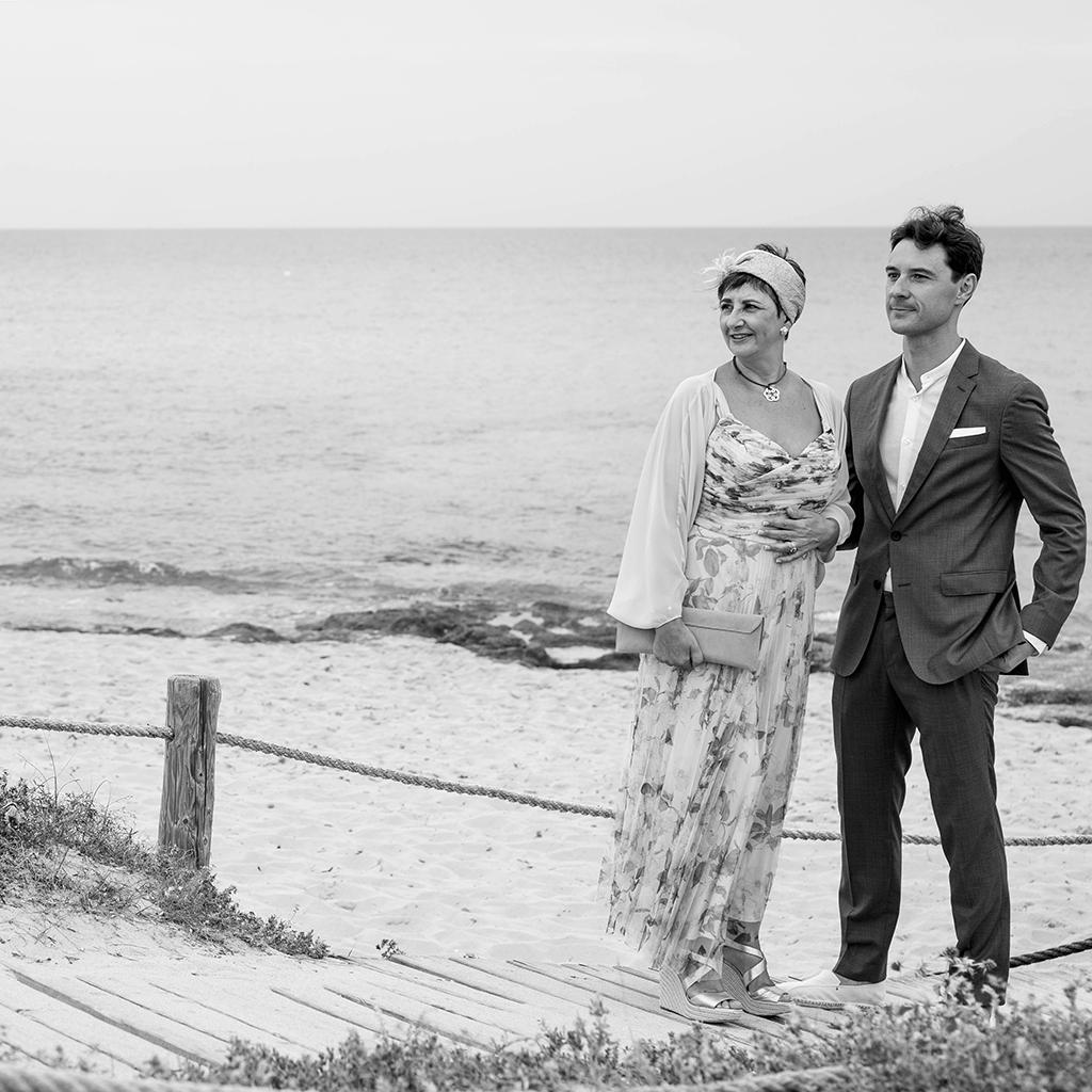 novio boda en formentera migjorn boda en la playa