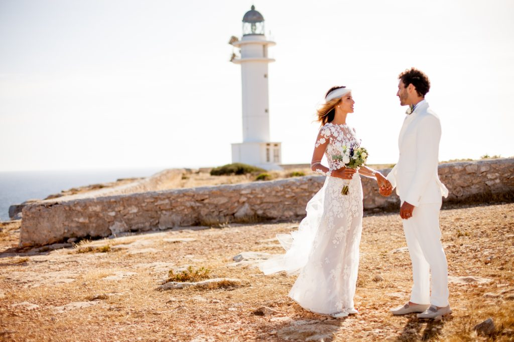 fotógrafo boda en Formentera playa migjorn balear faro es cap la mola